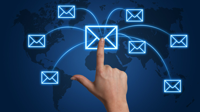 Free E-mail Marketing Service – Can It Be Best Tool For Online Promotion?
